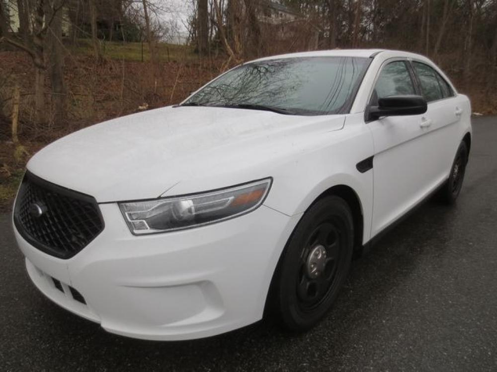 2018 White /Black Ford Taurus Police Interceptor (1FAHP2L8XJG) with an 3.5L v6 engine, Automatic transmission, located at 270 US Route 6, Mahopac, NY, 10541, (845) 621-0895, 41.349022, -73.755280 - Photo #0