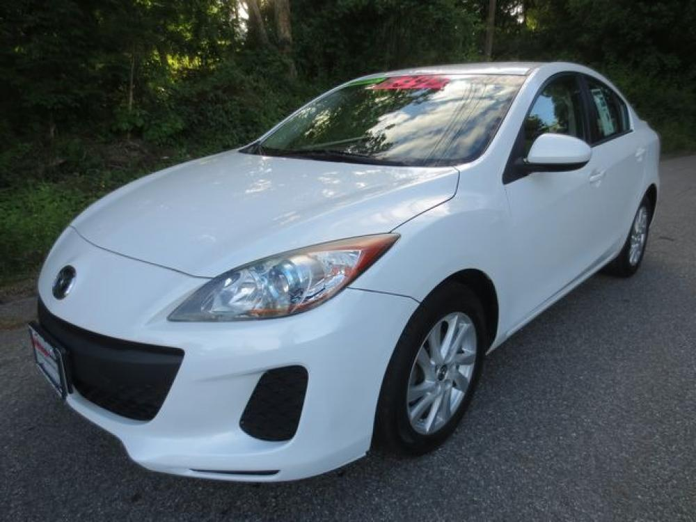 2013 White /Tan Mazda Mazda3 (JM1BL1V82D1) with an 2.0L 4cyl engine, Automatic transmission, located at 270 US Route 6, Mahopac, NY, 10541, (845) 621-0895, 41.349022, -73.755280 - Photo #0